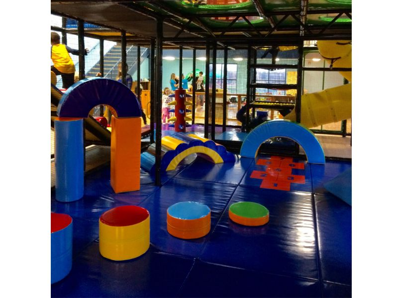 Multi-level Modular Play Structures