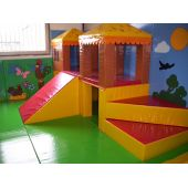 Dual Level Modular Tunnels & Hut Play Areas